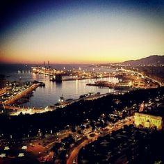 Anocheciendo en Málaga