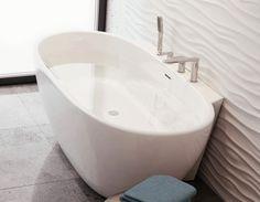 Wolnostojąca przyścienna wanna ScandiBath Mandal. @lazienki_inspiracje #scandibath #mojdom #wolnostojąca #wanny #owalne #bath #designbath #bathtube #inspiracjelazienkowe #bohointerior #modernbathroom #livingroom #projektowaniewnetrz #bathdesign #projektant Corner Bathtub, Bathroom, Bath Tube, Bathing, Washroom, Full Bath, Bath, Bathrooms, Corner Tub