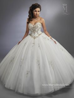 Discover the best and unique wedding Dresses from Mary's bridal collection. Choose your dream bridal wedding dresses from the wide variety of styles, fabrics, necklines, silhouettes and many more. Wedding Dress Types, Bridal Wedding Dresses, Dream Wedding Dresses, Designer Wedding Dresses, Disney Wedding Dresses, Wedding Lace, Jj Dresses, Sweet 16 Dresses, Pretty Quinceanera Dresses
