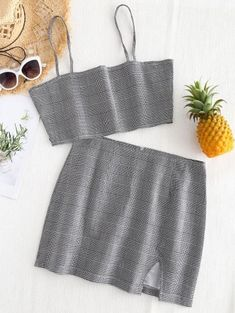 No Summer Plaid Flat Zipper High Sleeveless Spaghetti Regular Casual Casual and Going Bralette Plaid Top and Slit Mini Skirt Set Sweater Fashion, Denim Fashion, Fashion Pants, Girl Fashion, Fashion Design, White Cami Tops, Crop Top Dress, Two Piece Dress, Look Chic