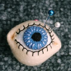 How To: Eyeball Pincushion...