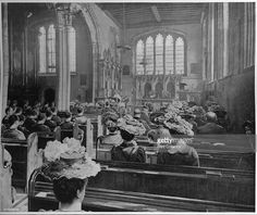 Sunday morning service in the Church of St Peter ad Vincula, London, circa 1903 (1903). The Chapel Royal of St Peter ad Vincula situated in the inner ward of the Tower of London dates from 1520. The chapel is the burial place of Anne Boleyn, Catherine Howard, Lady Jane Grey, Thomas Cromwell, Thomas More and John Fisher. From Living London, Vol. III, by George R. Sims. [Cassell and Company, Limited, London, Paris, New York & Melbourne, 1903]. Artist: Unknown.