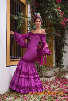 Moda Love Fashion, Plus Size Fashion, Fashion Show, 15 Dresses, Women's Fashion Dresses, Flamenco Costume, Flamenco Dresses, Flamingo Dress, Spanish Dress