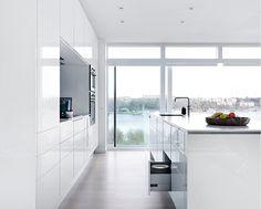 Culture-køkken i hvid | Indret med Tvis Køkkener