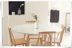 Keittiön tuolit Dining Table, House, Furniture, Decorating Ideas, Dreams, Home Decor, Decoration Home, Home, Room Decor