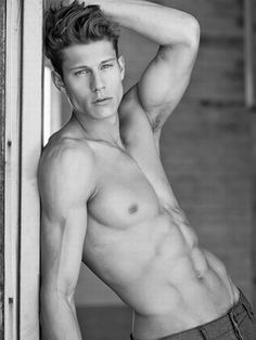 Model jon herrmann