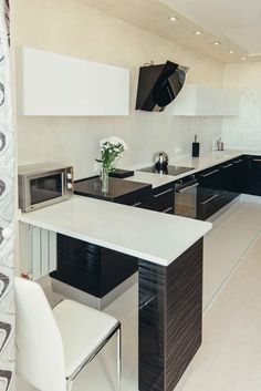 Small Apartments, Small Spaces, Studio Apartment Design, Table, Furniture, Home Decor, Small Space, Homemade Home Decor, Decoration Home