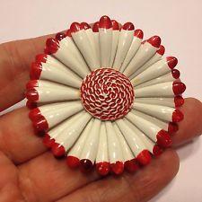 Vintage Red & White smaltované výrobky kv? Tiny brož Pin Gold Tone bižuterie JAK JE