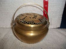 ANTIQUE/VINTAGE BRASS POTPOURI HANDLED DISH