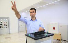 Σκάνδαλο για το Δημοκρατικό κόμμα Αλβανίας, έλαβε χρήματα από την Ρωσία για προεκλογική εκστρατεία Gym Equipment, Exercise Equipment, Training Equipment