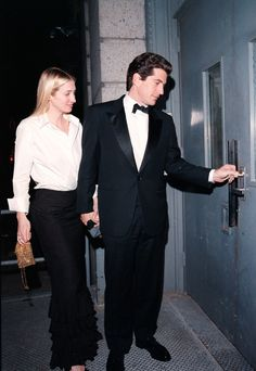 We look back at the tragic relationship between Carolyn Bessette and John F. Kennedy Jr. that made its mark on New York at the end of the 90s.