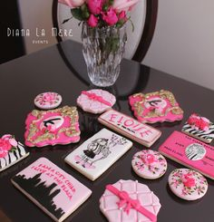 """""""Eloise at the Plaza"""" sugar cookies by Diana La Mere Events on IG"""