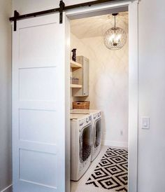 Who says that having a small laundry room is a bad thing? These smart small laundry room design ideas will prove them wrong. Room Remodeling, House Design, Laundry Room Bathroom, Bathrooms Remodel, Farmhouse Laundry Room, Laundry In Bathroom, Home Decor, Room Makeover, Room Design