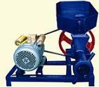 Máy ép cám viên mini phục vụ các hộ gia đình nuôi quy mô lớn, vừa và nhỏ giá cực rẻ, sử dụng đơn giản, cho ra các loại cỡ hạt theo yêu cầu người sử dụng. - Công suất 50kg đến 70kg/h - Điện 220 pha mô tơ: 2,5KW - 3,5KW. - Đơn giản hiệu quả, chủ động n Món ngon mỗi ngày với website -