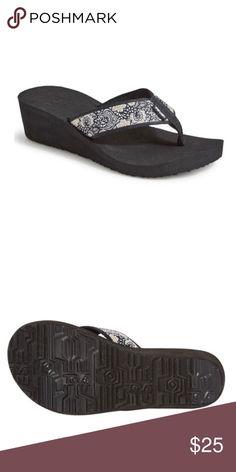92feb4b83 Teva Mush Mandalyn Wedge 2 New with Tags No Box Fabric strap Rubber Soles  Wedge Color Harmony Black White Teva Shoes Sandals