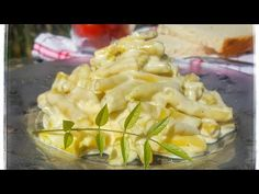 Macaroni And Cheese, The Creator, Ethnic Recipes, Food, Youtube, Green, Salads, Mac And Cheese, Eten