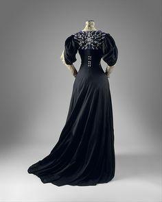 DressJeanne Hallée, 1907The Metropolitan Museum of Art