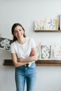 See how artist Katherine Corden has decorated her 600 sq. Chicago apartment into the eclectic space of her dreams. Photography Website, Lifestyle Photography, Headshot Poses, Chicago City, My Art Studio, Marca Personal, Photoshoot Inspiration, Fashion Branding, Art Life