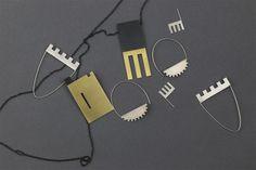 Sounds of castle. Neo Geo, Metal Art, Jewelry Art, Jewerly, Castle, Laptop, Jewelry Making, Elegant, Earrings