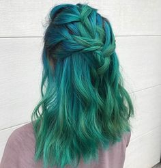 "9,676 Likes, 44 Comments - Pulp Riot Hair Color (@pulpriothair) on Instagram: ""@liz.colors is the artist... Pulp Riot is the paint."""