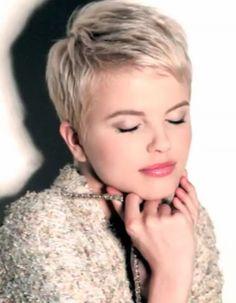Supermoderna korta frisyrer du kommer att älska! Wow … titta på # 9!