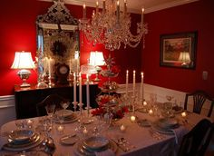 Beautiful Dining Room Table Settings: Beautiful Elegant Dining Room Design With Awesome Christmas Table Centerpiece Decorating Christmas Dining Table, Christmas Table Centerpieces, Dining Room Table Decor, Christmas Table Settings, Christmas Tablescapes, Holiday Tables, Decoration Table, Centerpiece Decorations, Christmas Decorations
