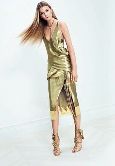 dress ALTUZARRA, shoes BRIAN ATWOOD, necklace JANIS BY JANIS SAVITT #TheRoom