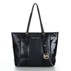 Michaelkor Outlet! OMG! I'm gonna love this site #Michael #Kors #purse #handbags #outlet