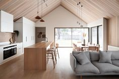 Project Felix by Leÿer - Project Feature - Australian Coastal Architecture - The Local Project Raked Ceiling, Timber Ceiling, Modern Ceiling, Timber Cabin, Timber Cladding, Lofts, Living Room Sofa, Building A House, House Plans