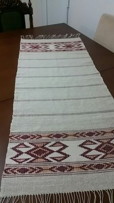Small Tapestry, Rug Ideas, Table Runners, Carpet, Boho, Rugs, My Style, Home Decor, Farmhouse Rugs