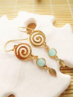 da988cbe2 GP Swirl with a Vermeil Aqua Chalcedony bezel and GF leaf drop earrings