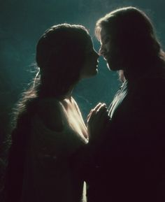 The Lord of the Rings: The Fellowship of the Ring - Arwen and Aragorn in Rivendell