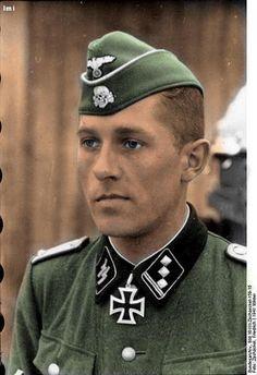 Knight Cross owner Waffen SS Obersturmführer Fritz_Rentrop