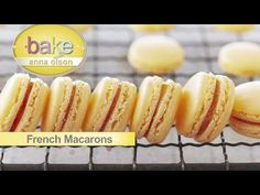 French Macaroons : Bake with Anna Olson : The Home Channel Easy Desserts, Delicious Desserts, Yummy Food, Baking Recipes, Cookie Recipes, Dessert Recipes, Yolanda Cakes, Robin Food, Flourless Chocolate Torte