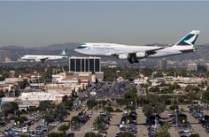 Two plane landing on LAX airport !