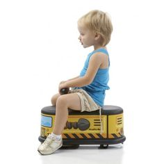 How cute is this #toy?! Looks like the yellow trams in Lisbon! #Italtrike La Cosa work truck: http://www.babycare.nl/toys-italtrike-cosa-c-81_308.html Babycare.nl fast delivery!