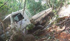 Acidente com caminhão de entrega de Muriaé deixa um morto e dois feridos na BR-116