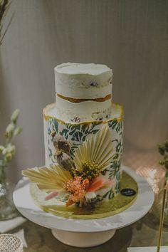 Πανέμορφη βάπτιση κοριτσιού με floral patterns - EverAfter Dried Flowers, Social Media, Cakes, Table Decorations, Floral, Pattern, Beautiful, Home Decor, Flower Preservation