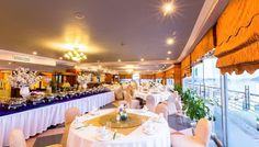 Amazing view, delicious meals in Panorama Restaurant in Saigon Halong Hotel in Ha Long City, Quang Ninh Province.