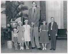 Robert Wadlow: con i suoi 272 cm è stato l'uomo più alto del mondo