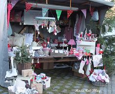 Beautiful Christmas Craft Booth!