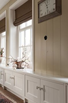 Boerderij Interieur Dining Room Windows, Radiator Cover, Interior Decorating, Interior Design, Paint Colors For Living Room, Window Coverings, Home And Living, Living Spaces, Sweet Home