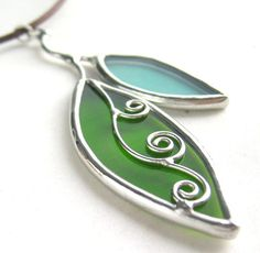 Leaves stained glass pendant   Flickr - Photo Sharing!