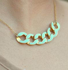 Modern mint chain necklace. love, love, love!