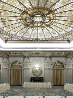Le Diplomate Ballroom at Athenee Palace Hilton Bucharest, Romania, a UNESCO heritage monument. See it with Hilton HHonors. Amazing Hotels, Best Hotels, Capital Of Romania, Palace Of The Parliament, Little Paris, Hotel Reception, Bucharest Romania, Hotel Decor, Beautiful Park