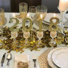 O ano novo está batendo na porta {} Hora de agradecer pelo ano que termina e renovar as energias e ideias para novos 365 capítulos que estão por vir