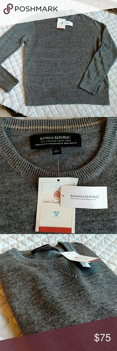 Banana Republic Italian linen sweater grey men's NWT Italian linen light sweater by Banana Republic.  Men's large, grey color, and great layering piece for the fall and winter. Banana Republic Shirts Sweatshirts & Hoodies