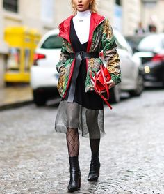How many layers can you wear at once? The limit does not exist. via INSTYLE MAGAZINE OFFICIAL INSTAGRAM - Fashion Campaigns  Haute Couture  Advertising  Editorial Photography  Magazine Cover Designs  Supermodels  Runway Models