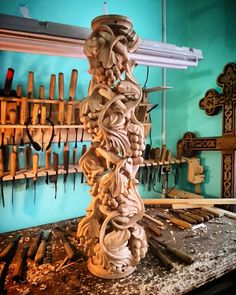 Russia woodcarving artwork.