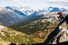 vélo descente forêt de montagne de montagne